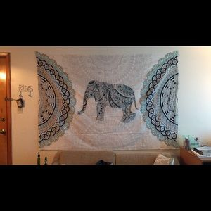 Large dorm apartment tapestry